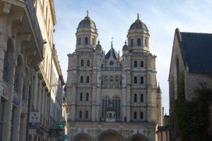 Dijon_kathedraal_bourgogne