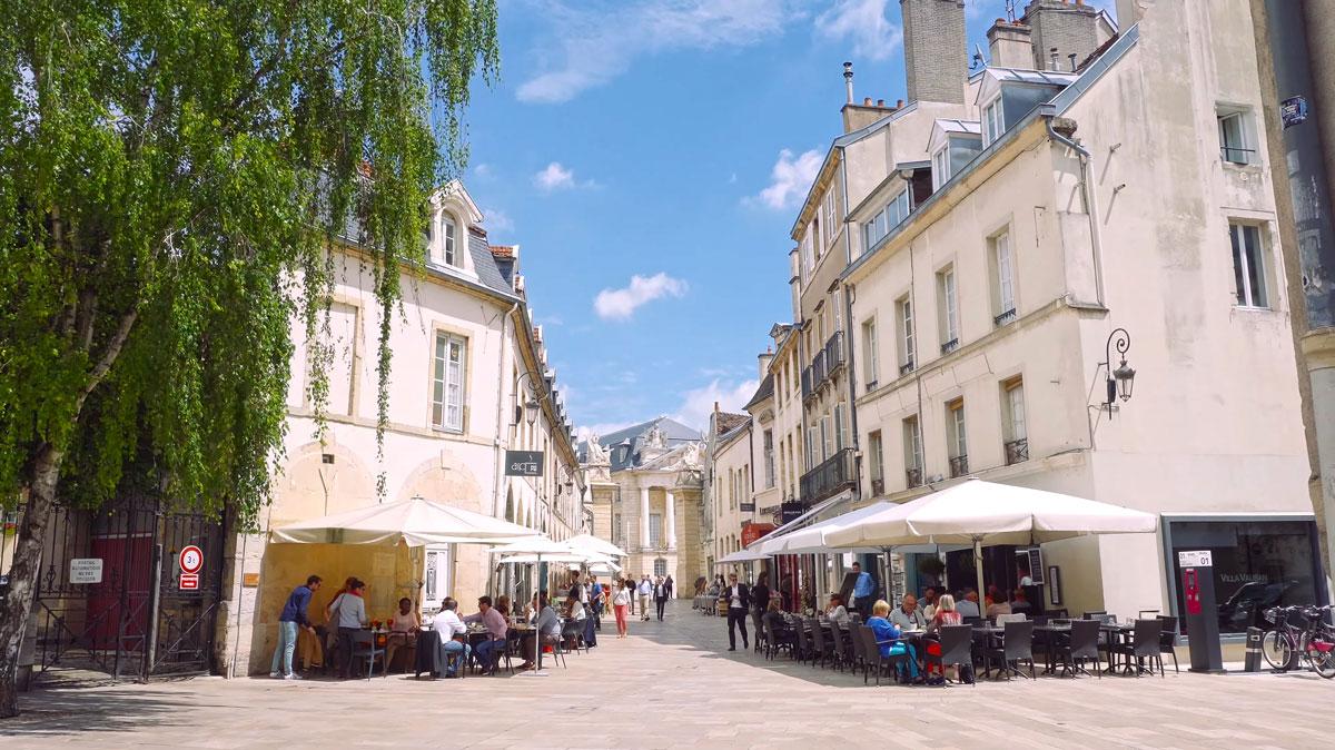 Dijon stad in e Bourgogne