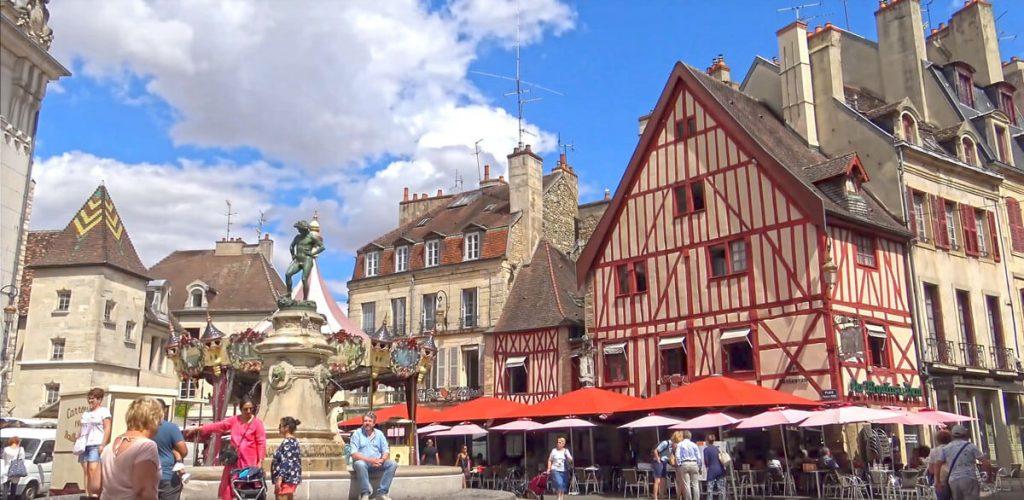 la place François Rude Dijon